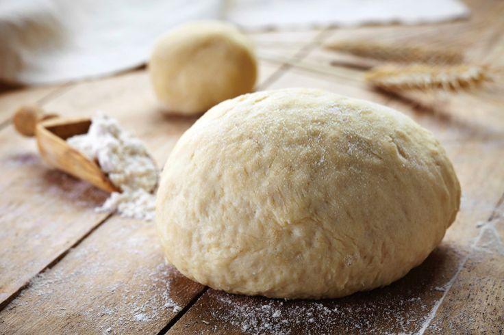 Zo maak je thuis écht Italiaans pizzadeeg