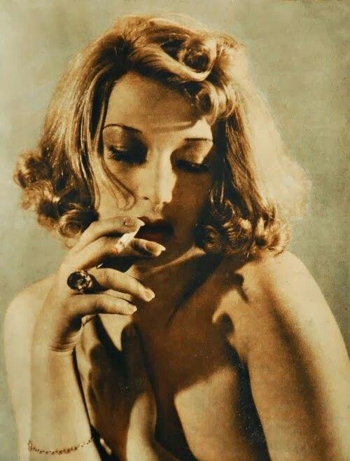 Ina Benita - polish pre-war vamp.