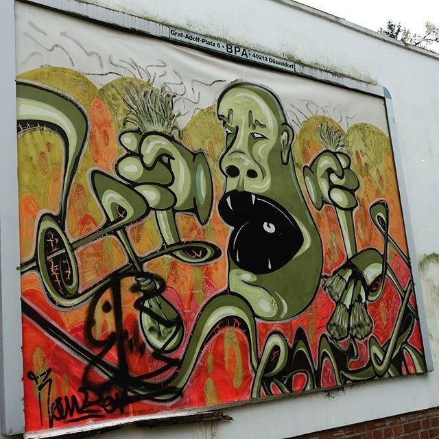 **Wittener Straße - Rath** #düsseldorf #dusseldorf #duesseldorf #nrw #Deutschland #germany #igersduesseldorfofficial #lovedüsseldorf #ig_düsseldorf #landeshauptstadt #dus #schönstestadtamrhein #0211 #nullzwoelf #thisisdüsseldorf #mydüsseldorf #likedüsseldorf #grafitti #art #wallart #instagrafitti #sprayart #spray #streetart #spraypaint  #instalikes #urbanart #sreetartatlasdüsseldorf #taglifegraffiti