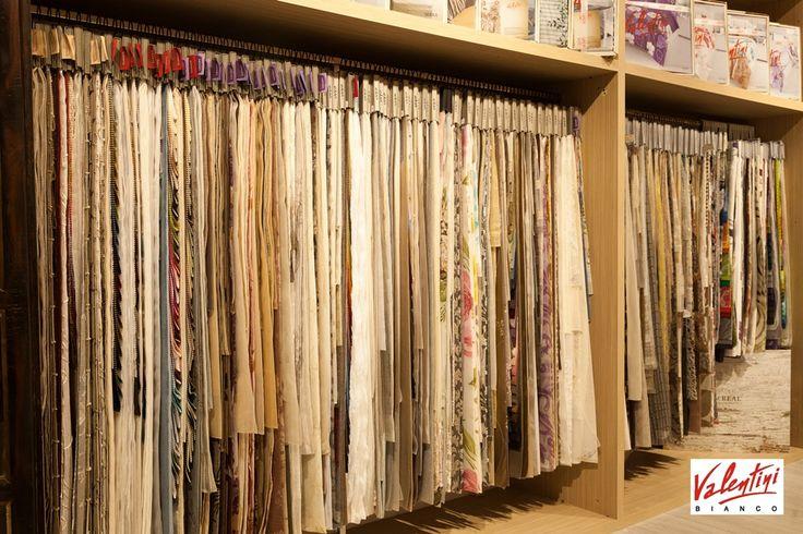 Descopera magazinul Valentini din Mega Mall! Aici vei gasi perdele, draperii, textile pentru casa, pentru care putem oferi servicii de masuratori la domiciliu. Va asteptam!