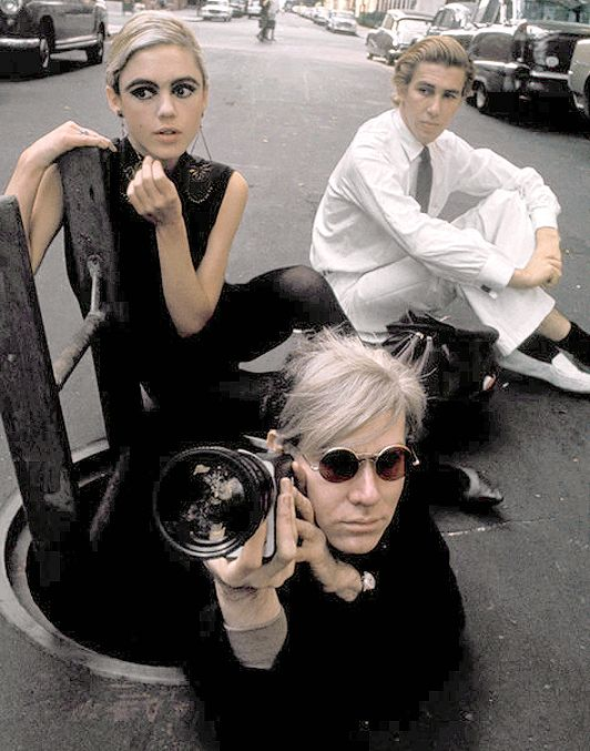 Edie Sedgwick, Andy Warhol and Chuck Wein. NYC. 1965. © Burt Glinn. Edith Edie Minturn Sedgwick Heiress Socialite 1960s Sixties Andy Warhol Pop Art Film Superstar Actress Vogue Youthquaker Underground Fashion Icon Silver Factory Party 1965 #EdieSedgwick #AndyWarhol #WarholFactory Sedgewick Sedwick