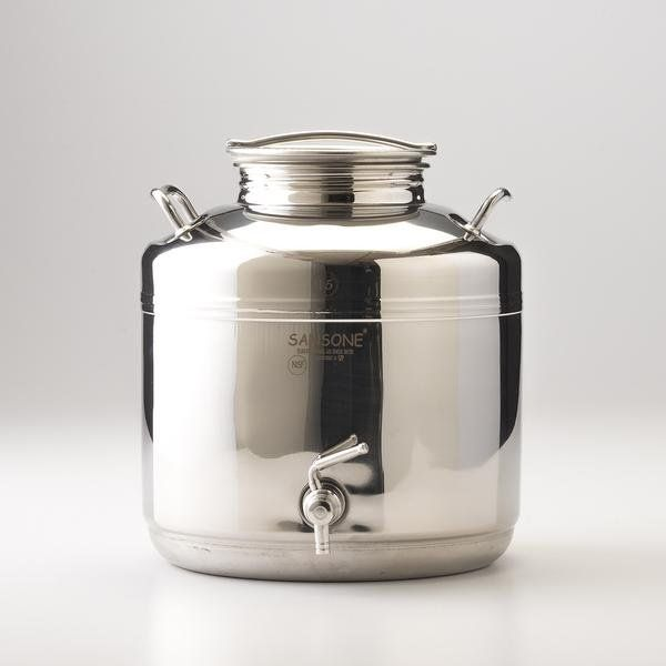 A traditional Italian-made fusti, this classically beautiful beverage dispenser was modeled after those originally used to store olive oil and honey. Made from