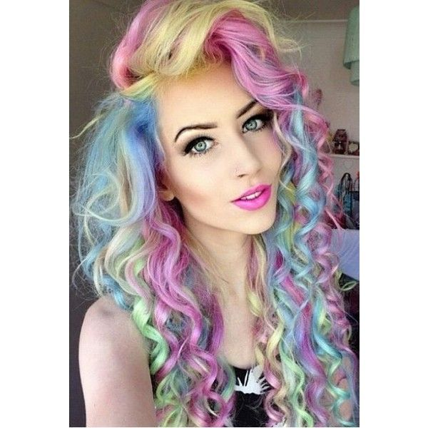 20 Mujeres con cabello de Unicornio ❤ liked on Polyvore featuring hair and people