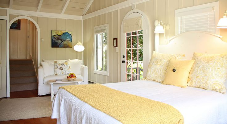 Carmel Forest Lodge Packages - Carmel by the Sea bed and breakfast lodging
