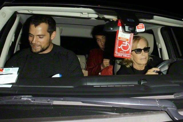 Henry Cavill en una cena en Madeo West Hollywood 13-ene-15 (Con su hermano Charlie Cavill)