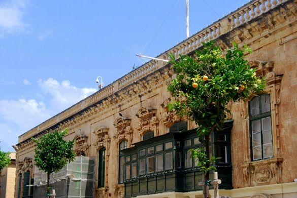 Saħħa – Featured, Travel | Catchy