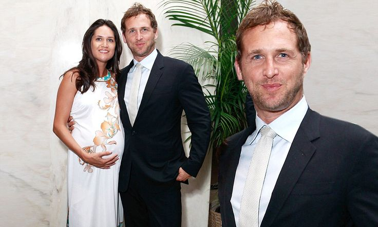 Setting up a sweet home together! Josh Lucas becomes father for the first time with wife