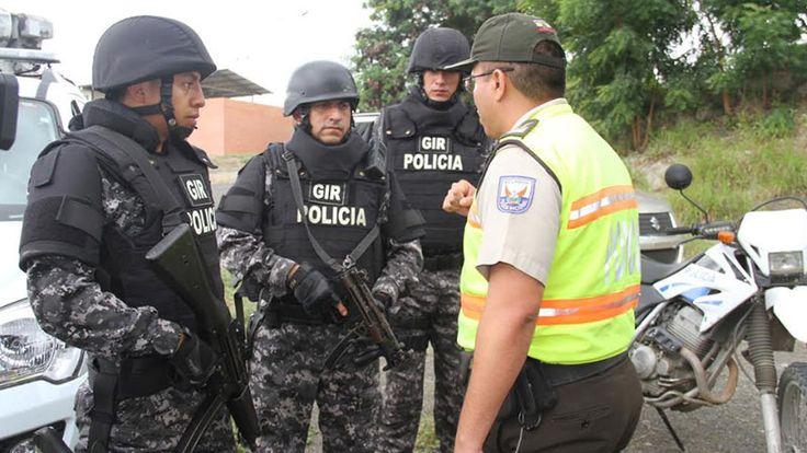 La Policía Nacional evitó un femicidio en Manabí (Vídeo)