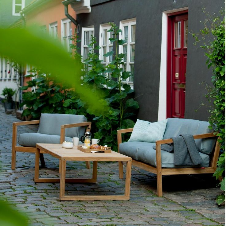 Virkelyst Outdoor Sofa | Skagerak | AmbienteDirect.com