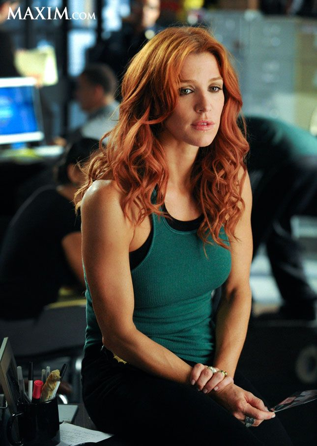 Poppy Montgomery ARMS -- PERFECT!