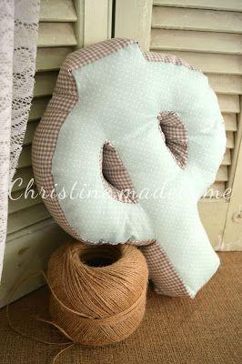 Διακοσμητικά μαξιλάρια για το παιδικό δωμάτιο