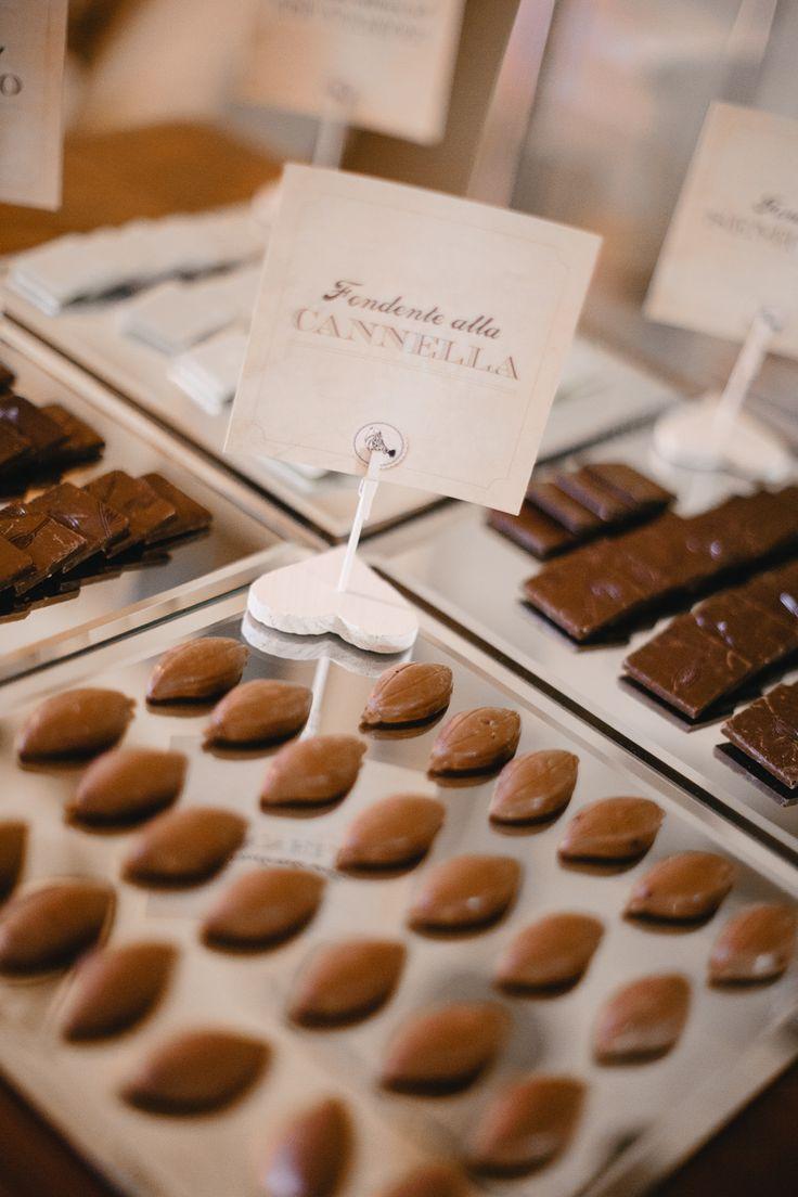 Degustazione di cioccolatini e drages