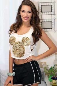 https://i.pinimg.com/736x/c9/86/6c/c9866cd6d64d7213559a9e022ecc157f--latin-brides-colombian-women.jpg
