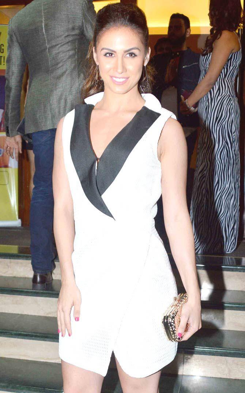 Lauren Gottlieb at Manish Paul's birthday bash. #Bollywood #Fashion #Style #Beauty