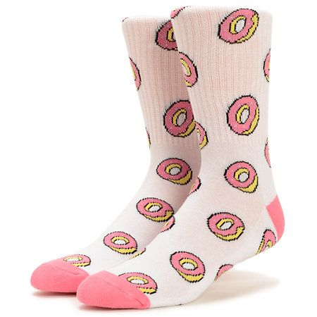 These crew socks are made with a soft blended construction in an allover donut print for a stylishly comfortable treat your feet won't be able to resist.