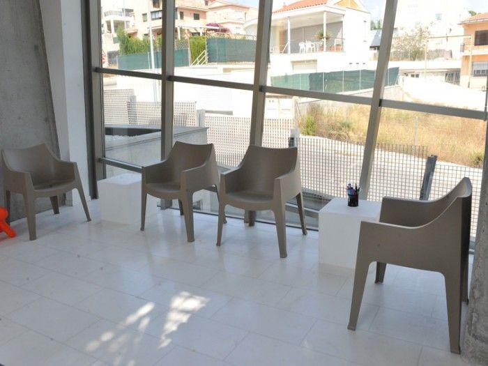 Coccolona chair by SCAB Design for Centro de Idiomas Cube - Godella, Valencia