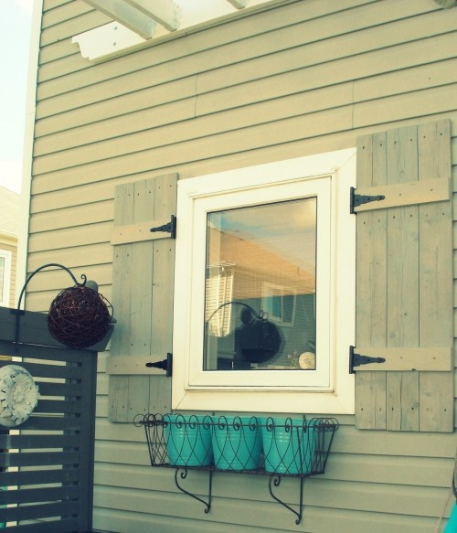 Cottage style shutters diy project need to make some for Cottage style exterior shutters