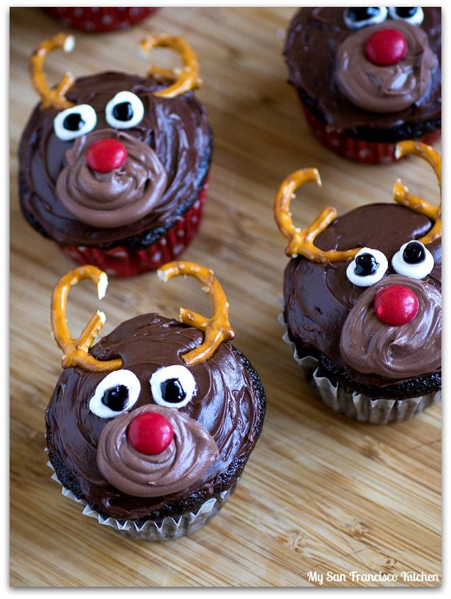 best ideas about Reindeer Cupcakes on Pinterest | Christmas cupcakes ...