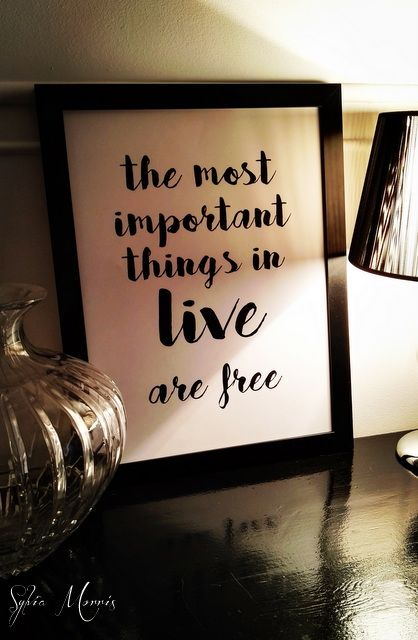 https://www.sylviamorris.eu/pl/p/THE-MOST-IMPORTANT-THINGS-IN-LIVE-ARE-FREE-2-/122