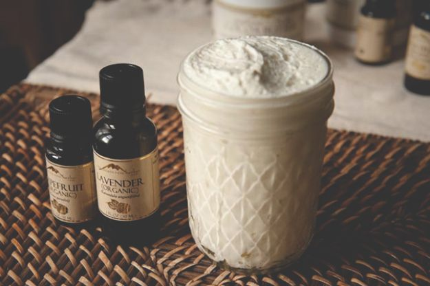 Homemade Body Lotion/Butter | A great body butter recipe to try. #DiyReady www.diyready.com