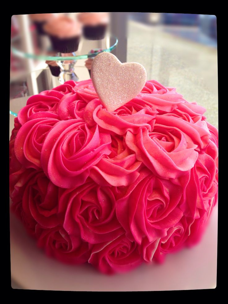 A Vintage Bouquet cake from SweetiePie Cupcakes. Auckland. New Zealand.