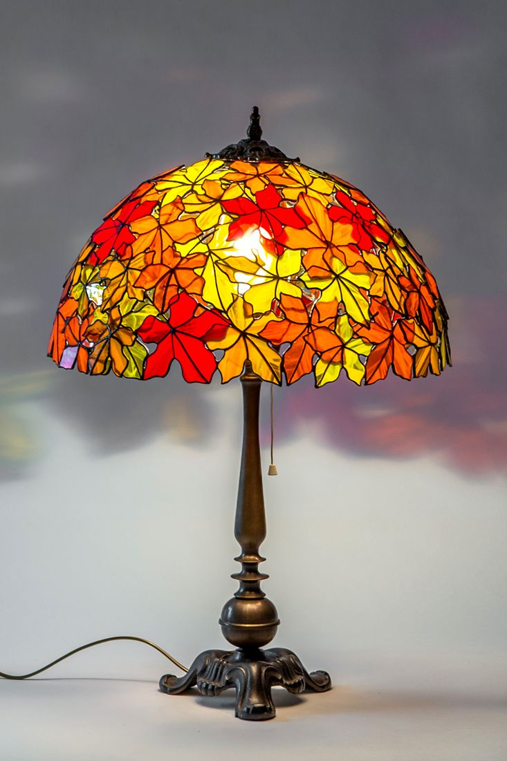 Maple Leaf Stained Glass Lamp Vintage Brass Lamp Shade Gift Etsy Art Table Lamps Glass Lamp Stained Glass Lamps