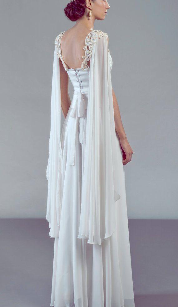 Aurora complete bridal outfit wedding dress door PetiteLumiereCo