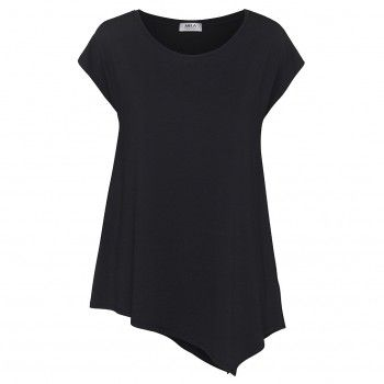 Mela Purdie Geo Tank Mela Purdie's Geo Tank combines a flattering scoop neck line. Featuring a flared asymmetric hem, this style works perfectly with slim and tapered silhouettes.