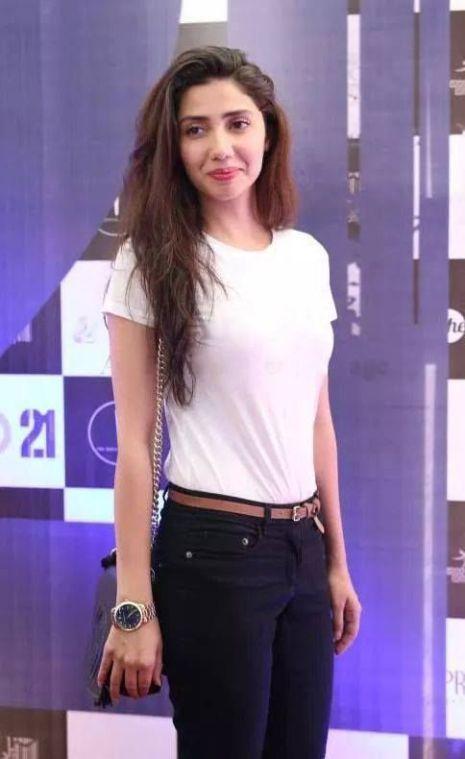 Mahira Khan Height, Weight, Bra Size Measurements