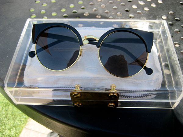 Vintage round sunglasses with a cat eye shape