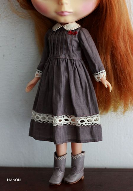 Blythe dress ~ http://www.dollshow.net/