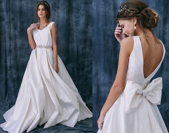 Simple A Line Sweetheart Taffeta Wedding Dress With: 1000+ Ideas About Taffeta Wedding Dresses On Pinterest