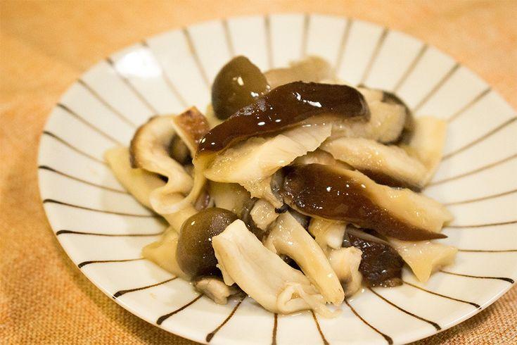 レンジで3分の常備菜!きのこの生姜煮 by saeco / 常備菜におすすめの一品!きのこの旨みが凝縮されたシンプルレシピ。そのまま副菜としてはもちろん、炊き込みごはんやうどん、スープの具にしたりとアレンジ自由自在です。 / Nadia