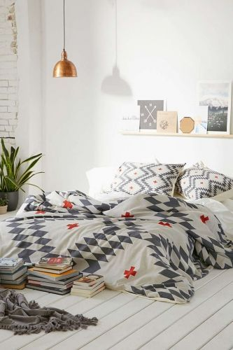 kinfolk bedroom/ inspirations chambre, chambre naturelle, chambre douce, chambre tons naturels, chambre déco, Lovely Market: