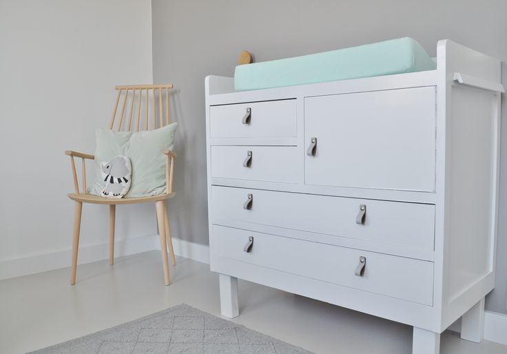 Commode | dressor | handle | leren greep | nursery | http://www.10voorstijl.nl/category/weblog/