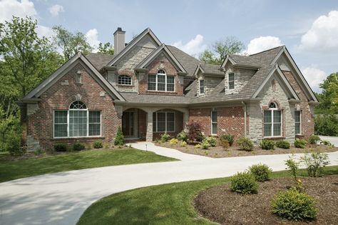 New American House Plan with 3888 Square Feet and 4 Bedrooms from Dream Home Source   House Plan Code DHSW076191