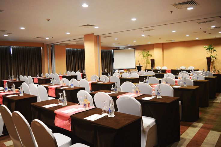 "Bangli Meeting Room ""b Hotel Bali""  Bangli Rooms are two separate connecting meeting rooms, where each of those meeting rooms can be catering up to 200 people for theatre style. Located at the 6th floor of the hotel area, the meeting room has front yard that can be used for purpose of reception area, cocktails table and registrations."