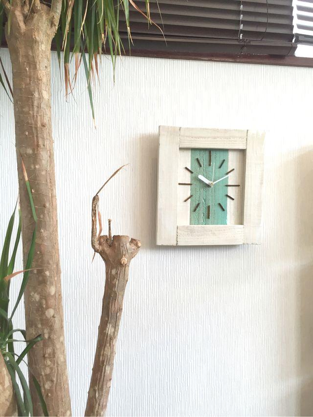 西海岸スタイル掛け時計ホワイト×グリーン015