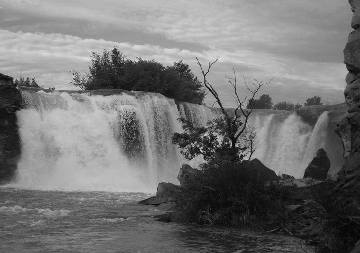 Lundbreck Falls, Lundbreck, AB