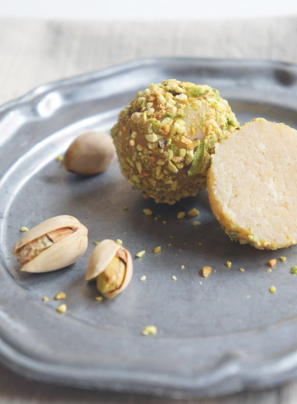 Vanilla Bean Cake Truffles with White Chocolate & Toasted Pistachios - Sugary & Buttery