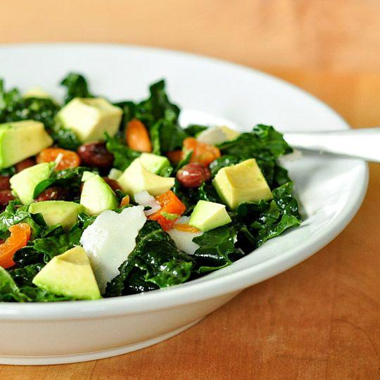 Tip for Better Salads: Make Big Jars of Homemade DressingHomemade Dressings, Kale Salad Recipes, Kale Recipe, Avocado Salad, Kale Salads, Food, Homemade Dresses, Kalesalad, Delicious Kale