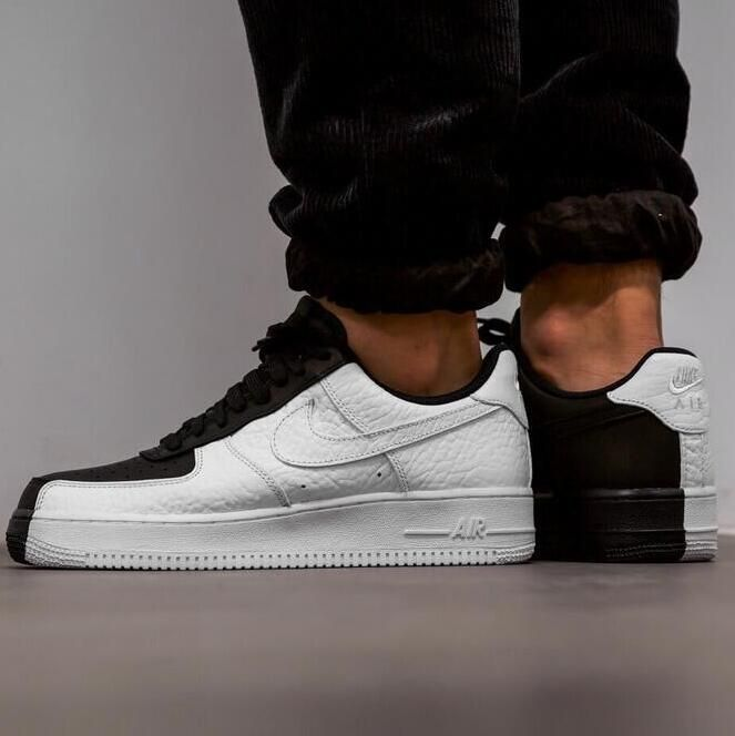 NIKE AIR FORCE 1 PREMIUM 07 SPLIT BLACK WHITE 905345