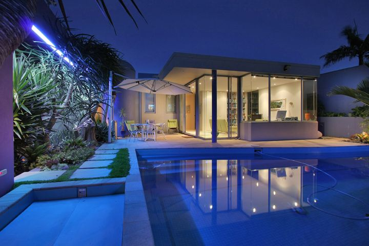 Murrays Bay House with pool