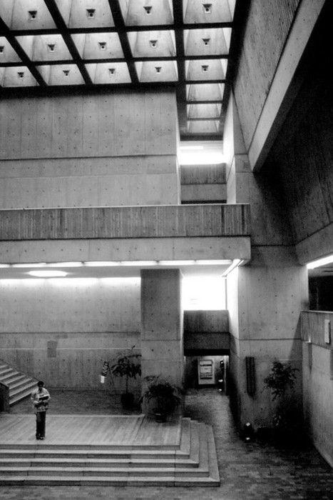 Scarborough College, Scarborough, Ontario, Canada, 1963-69    (John Andrews)