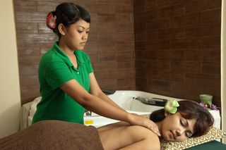 From the natural wealth of our country and ancestral heritage of Indonesia,Kampoeng Totok & Spa is establish to remain our resources and be beneficial to the spices which naturally use for health and beauty of Indonesian, dedicate to you. Kampoeng Totok & Spa at Batam Center. Get discounted coupon at www.revasi.com.