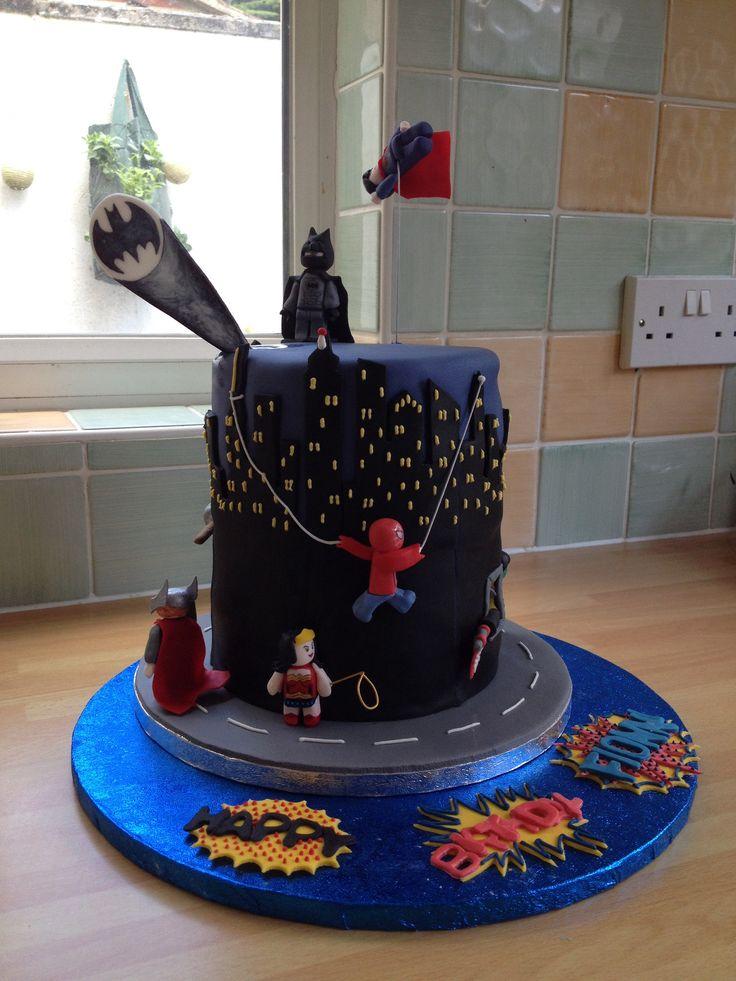 The Junior Little Bee's Lego Superheroes birthday cake