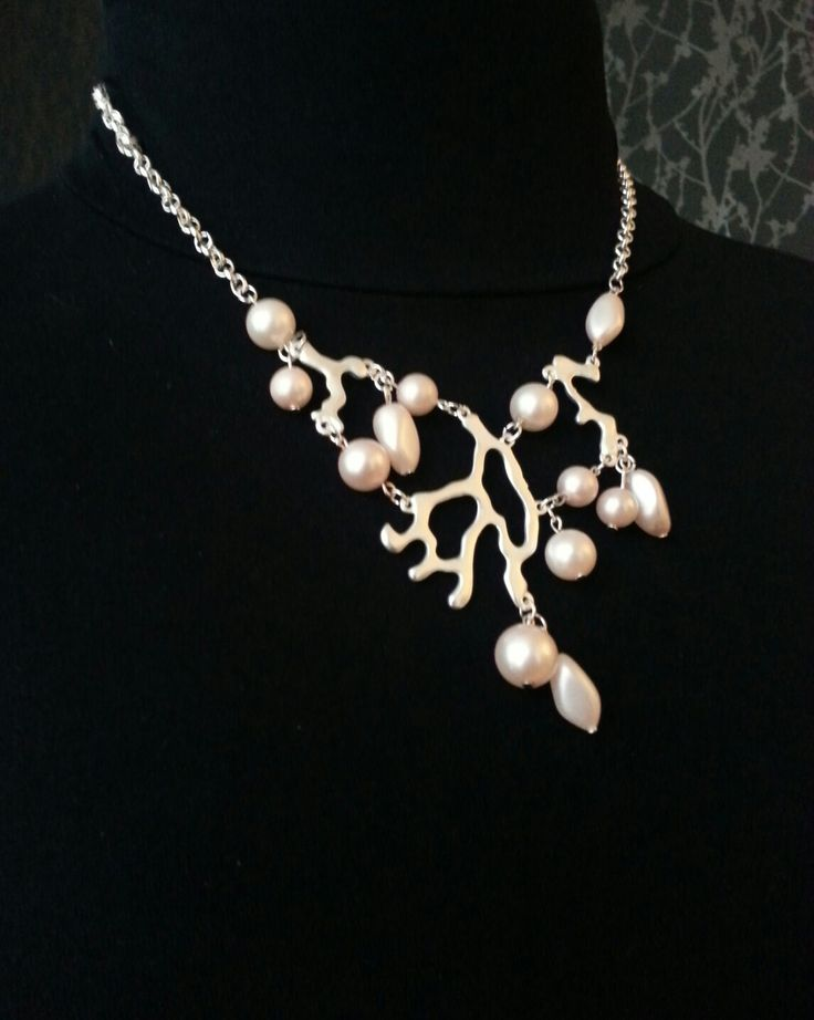 MiaQ | 12/2016 | Misteltoe Collier | Silver Stuff and Light Rose Pearls