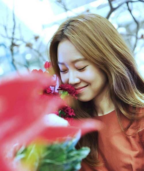 gong hyo jin image