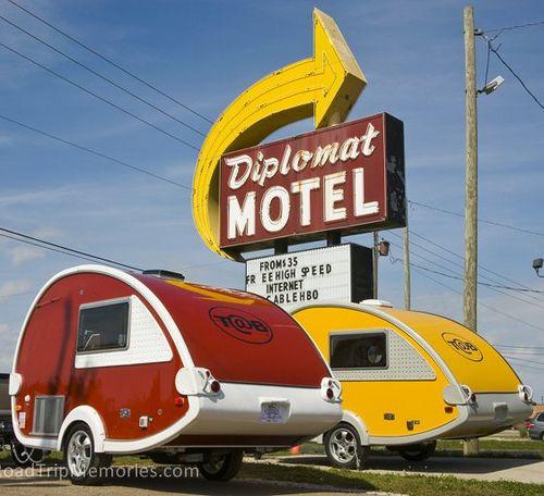 retro looking teardrop campers