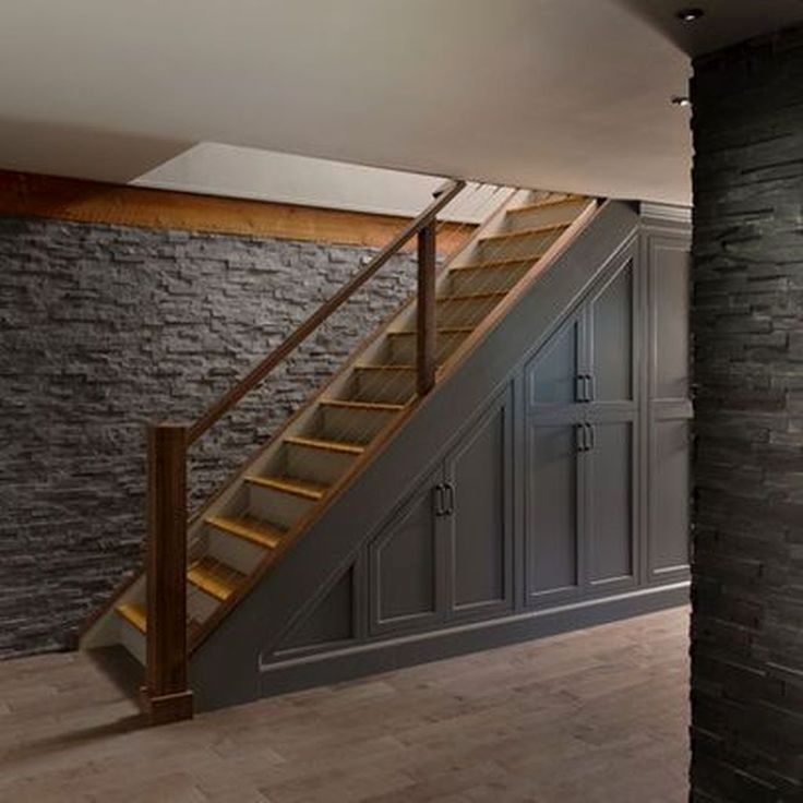 лестница из подвала на первый этаж